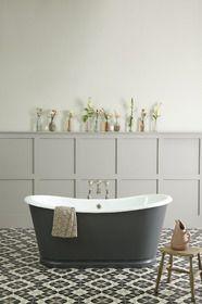 LA ROCHELLE CAST IRON BATEAU BATH from The Cast Iron Bath Company