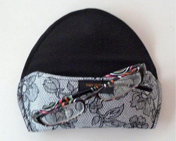Fabric Magnetic Eyeglass or Sunglass Case Black by nangatesdesigns