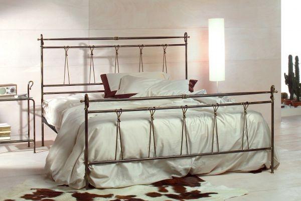 17 migliori idee su testata in ferro battuto su pinterest - Letto completo di rete e materasso ...