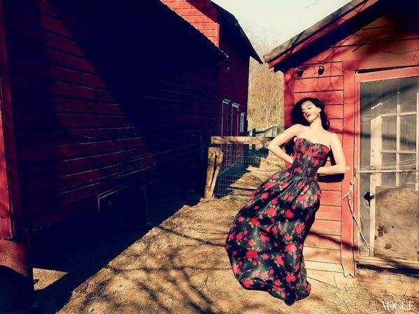 katy perry vogue us yazlık kıyafetleri 2013 yaz modası Katty Peryy Vogue Amerika Kapağında