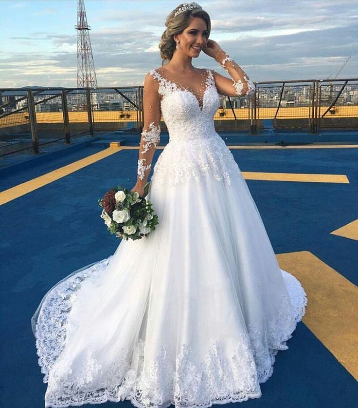 2016 New Arabic Wedding Dresses Sheer Long Sleeve Illusion Back Applique Lace Tulle Bride Bridal Gown