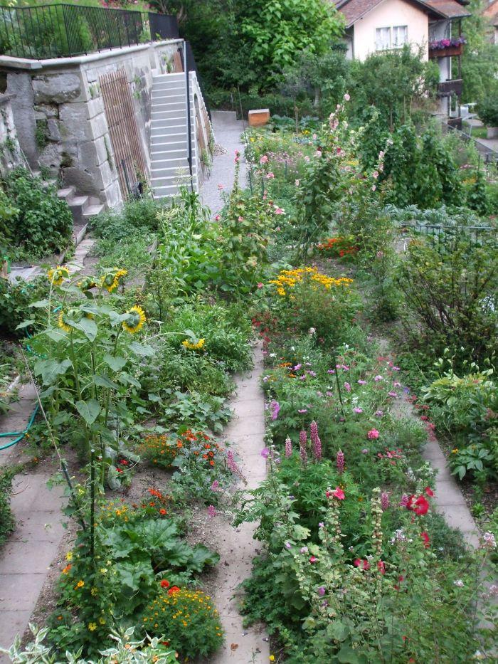 The Terraced Gardens of Beatrice von WattenwylHaus [BERN