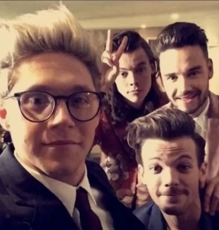 Pin by 🦋 on One direction ️ | One direction, Boyfriend