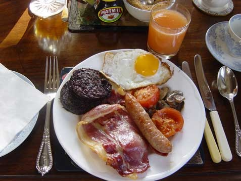 Traditional Scottish Breakfast, after 10 days on a motorbike and 10 Scottish breakfasts, my stomach was saying no more!!!!