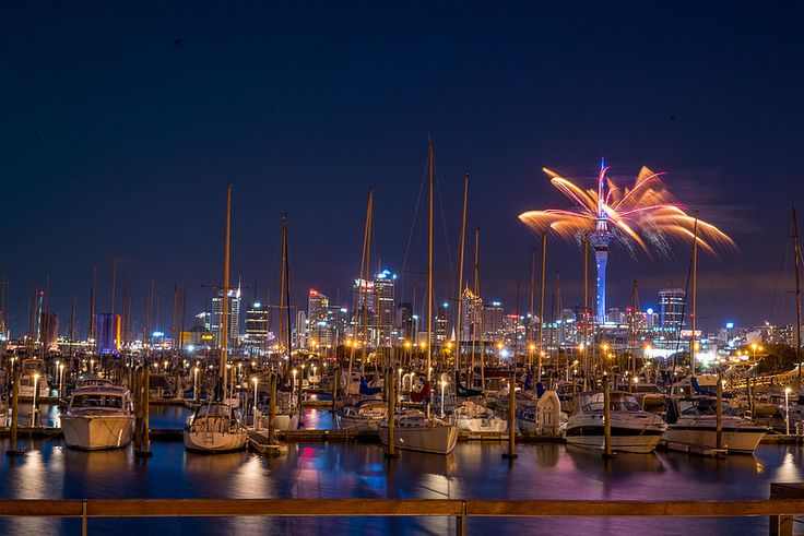Auckland 175th anniversary fireworks
