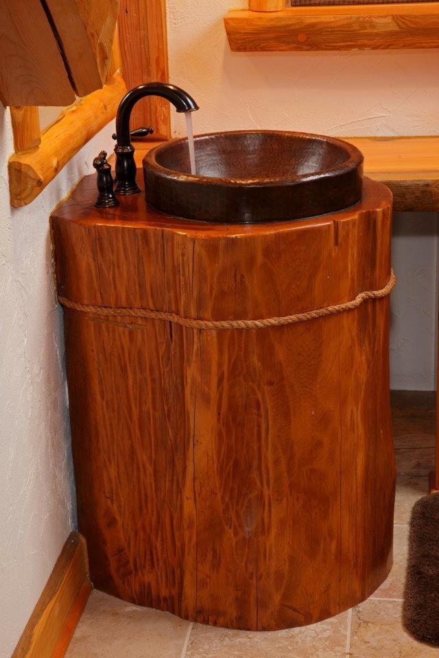 Rustic Pedestal Sink : Copper Vessel bathroom sink mounted in cedar log as pedestal and ...