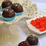 Tartufi al cioccolato ripieni di ciliegie al maraschino