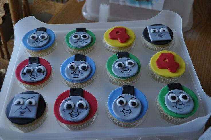 UNIQUE CUPCAKES | PEACH OF CAKE: Thomas Cupcakes!