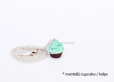 Mentollü Cupcake Kolye / Kahverengi   #fashion #design #miniature #food #art #miniaturefoodart #polymerclay #clay #minyatur #polimerkil #kil #nutella #tasarim #taki #sanat #moda #sokak #tutorial #yummykupe #mold #kalip #nasil #bileklik #kolye #kupe #yuzuk #aksesuar #kadin #ring #earring #accesorie #necklace #menthol