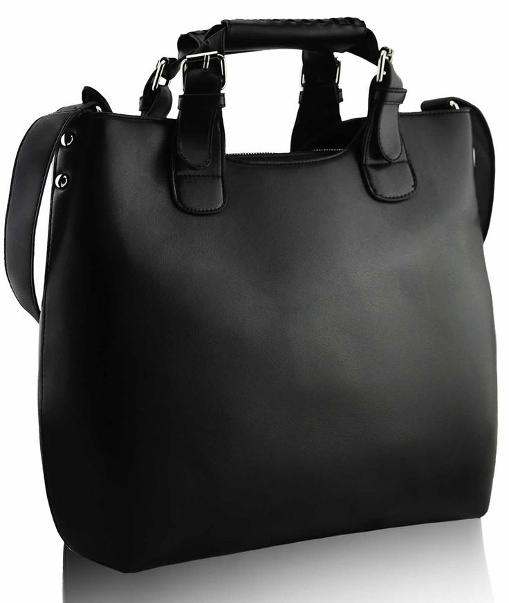 Model tip Zara Black.