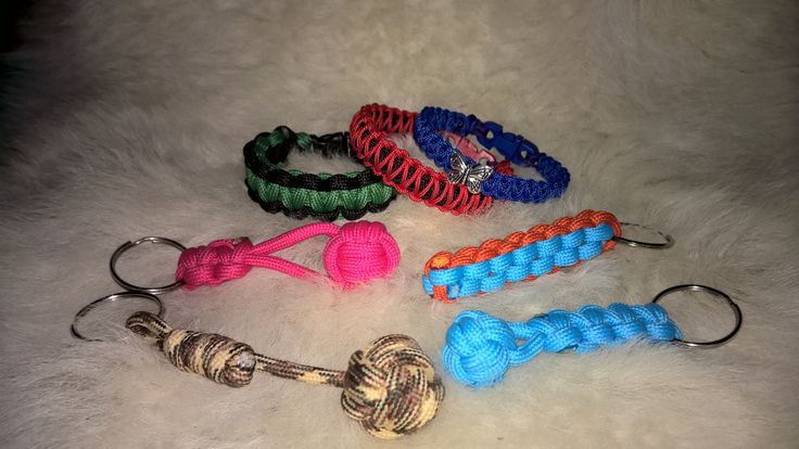 Box knot and monkey fist keychain and cobra bracelets