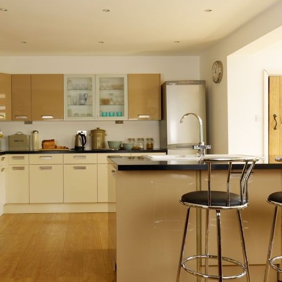 35 Best Images About Cream Gloss Kitchens On Pinterest