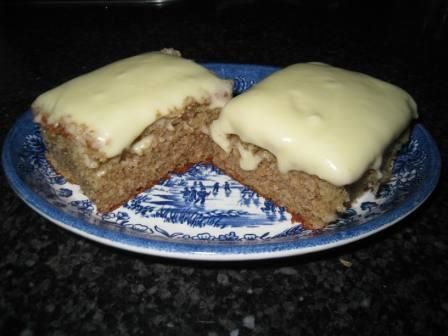Forum Thermomix - The best Thermomix recipes and community - Banana Cake with cream cheese frosting – with photo
