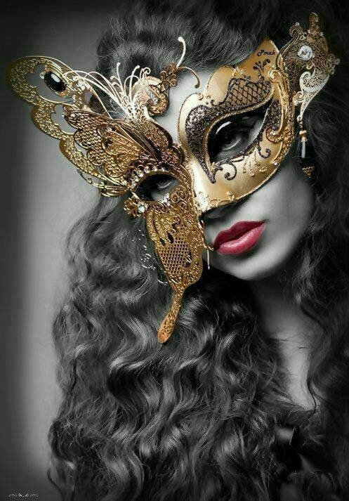 Masquerade mask @Jerzga Franklin look I found your mask except this one has black stones