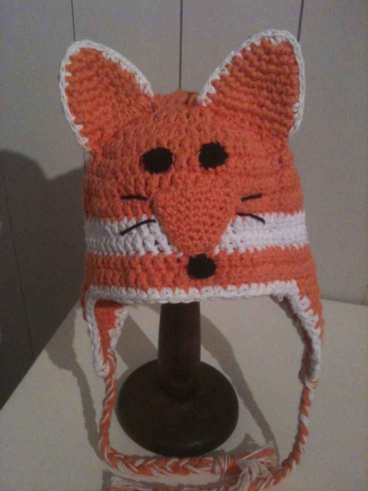 fox crochet hat.