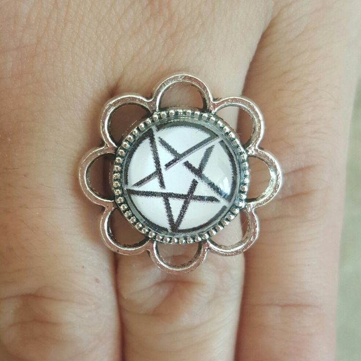 Pentagram Ring, Glass Cabochon Ring, Wiccan Ring, 16mm Glass Dome Ring, Supernatural Rings, Unisex Jewelry
