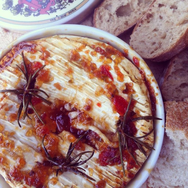 De Tout Coeur Limousin: baked Camembert with chilli jam & rosemary