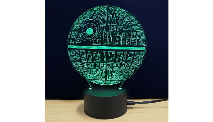 25 einzigartige todesstern lampe ideen auf pinterest ikea star wars lampe star wars death. Black Bedroom Furniture Sets. Home Design Ideas