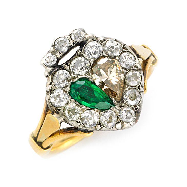 Angara Petal Carved Shank Emerald and Diamond Vintage Ring fx2EKsErOW