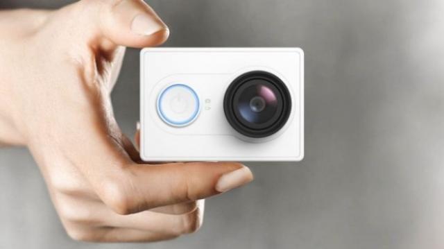 Products we like / Camera / Pocket / White / lens /Consumer electronics / Design Binge