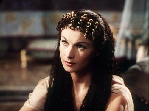 Gorgeous still of Vivien Leigh in Caesar and Cleopatra, 1945