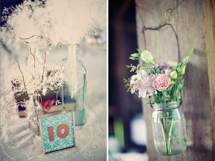 I like the use of coloured paper for the table numbers