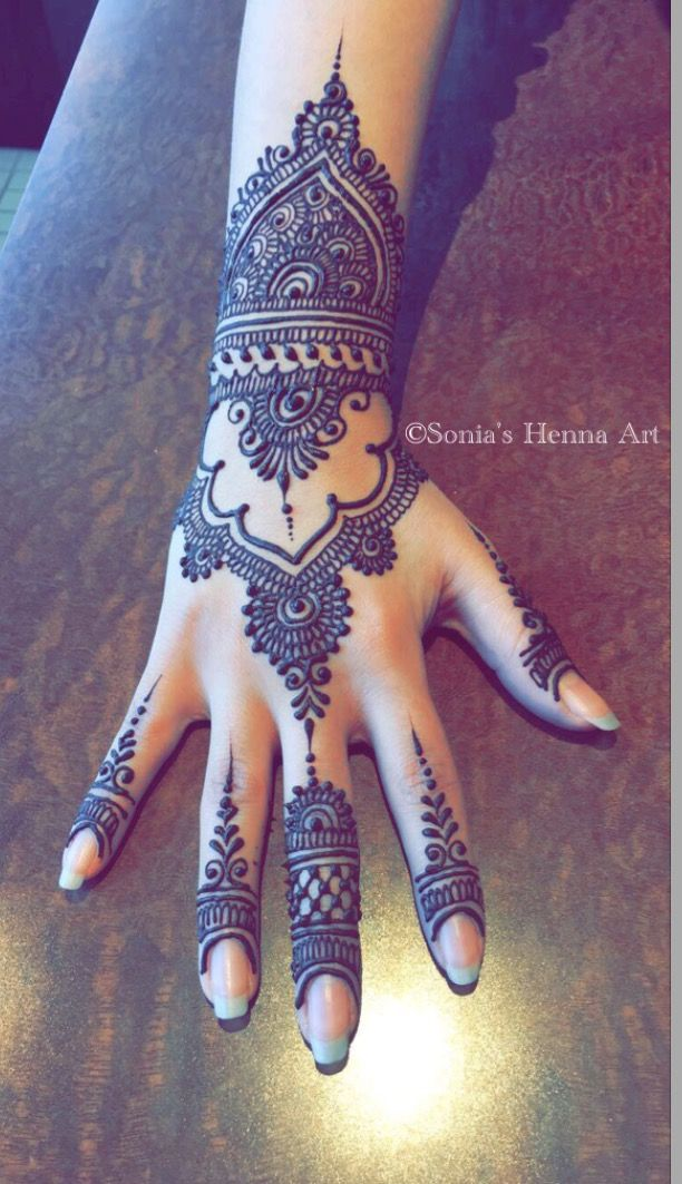 Sonia's Henna Art modern henna