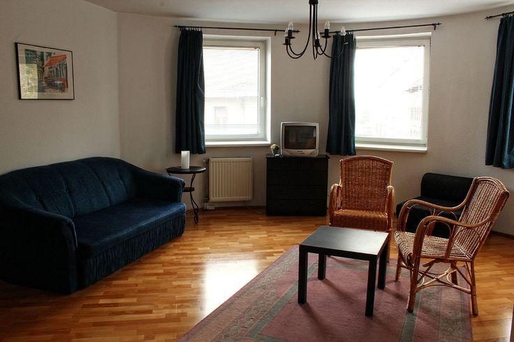 Nappali kihúzható kanapéval / Living room with sofa bed for sleep