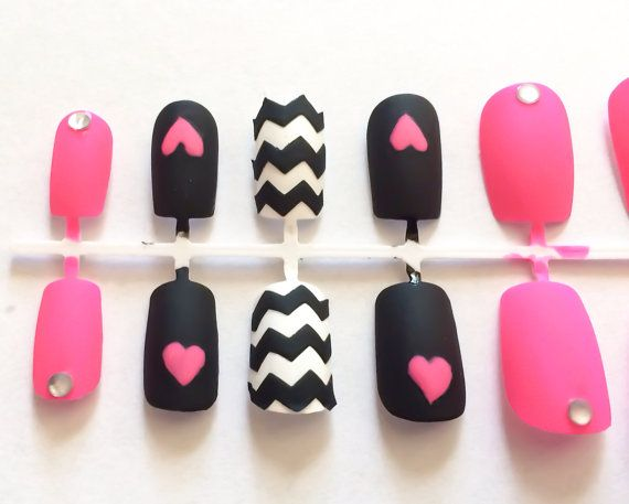 Hey, I found this really awesome Etsy listing at https://www.etsy.com/listing/186031082/on-sale-fake-nails-chevron-acrylic-nails