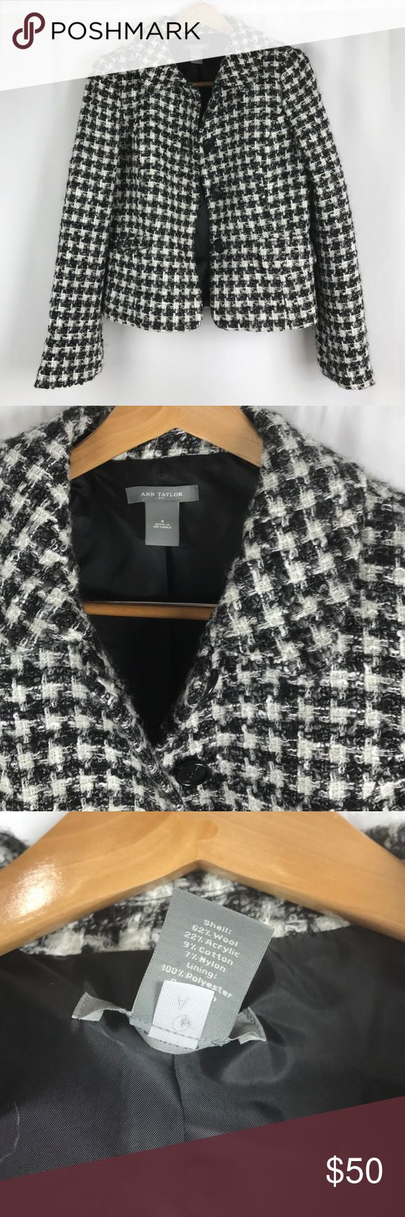 Ann Taylor Houndstooth Dress Coat/ Blazer Like New Condition with no rips, stains or holes. This is a cute and sassy dress Coat/ jacket. Please take advantage of my bundle discounts & feel free to submit reasonable offers through the offers tab. Thanks for shopping my closet!! Ciao, Melissa 💋 Ann Taylor Jackets & Coats Blazers