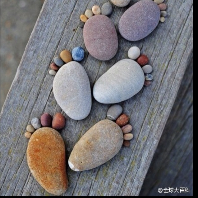 Stone feet: Rock Feet, Footprints, Foot Prints, Cute Ideas, Rocks Feet, Step Stones, Gardens, Things, Crafts