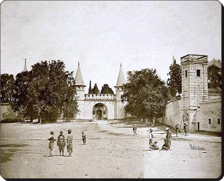 Topkapı Sarayı  Bab-üsselam (Selam Kapısı) - 1854