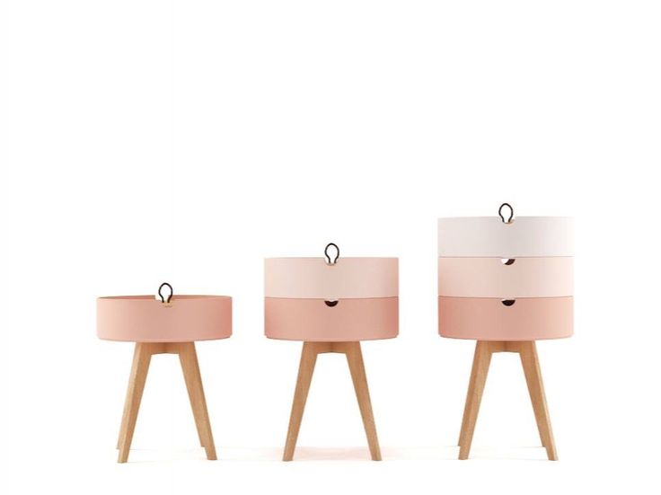Graduated side tables, storage