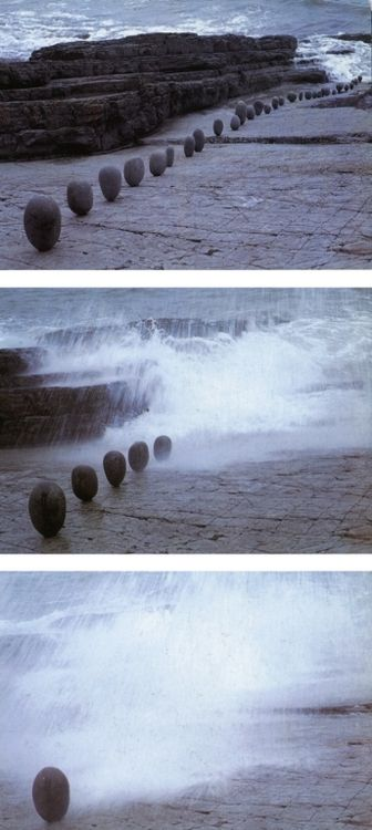 Andy Goldsworthy, Balanced rocks / brought down by the incoming tide / those in a line / bouncing and banging / as they fell / then rolled around by the sea, 1993