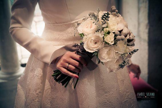#ramo #blanco #invierno #brunias #novia #elegante