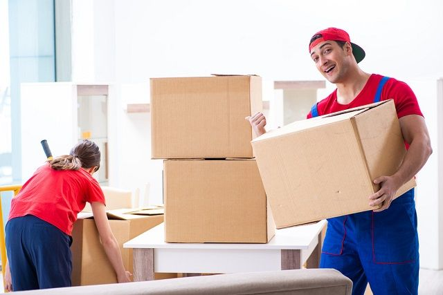 5 Things To Do Before Hiring A Commercial Or Residential Movers Moving Company Packers And Movers Local Movers