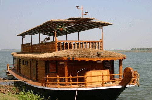 live in a houseboat for a few months