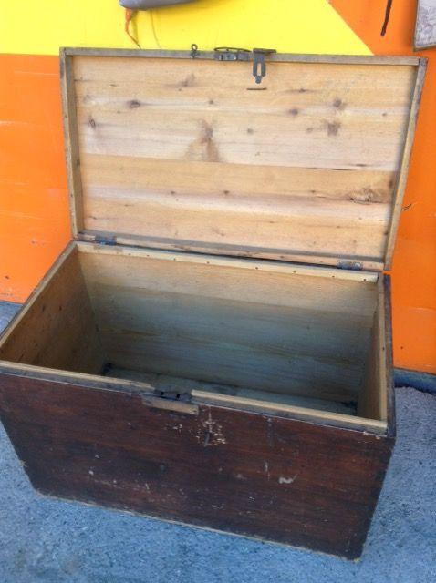 vecchia cassa in legno