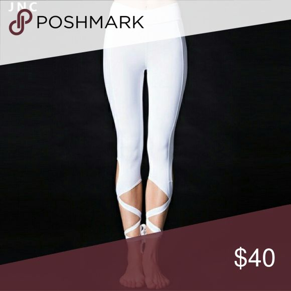 GREAT  GIFT White Capri leggings. White Capri leggings. Tie up bottoms. NWT Pants Leggings