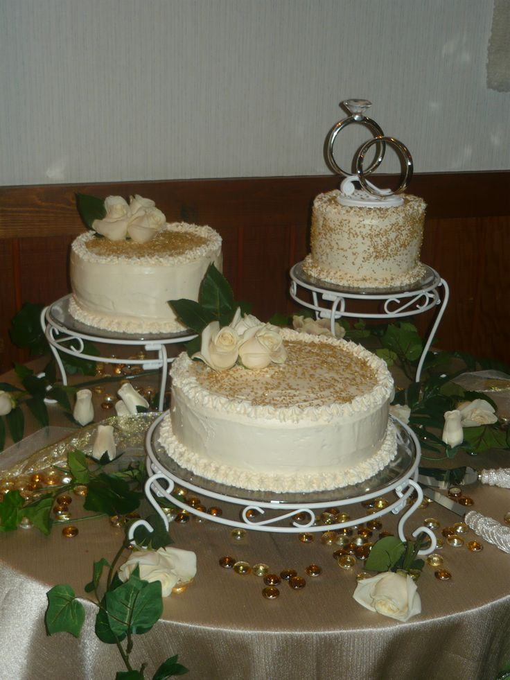 artificial wedding cakes northern ireland 129 best wedding cakes in separate tiers images on 10851