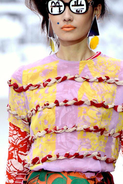 Print and colour clash by Louise Gray SS16 #print #fashion #screenprint