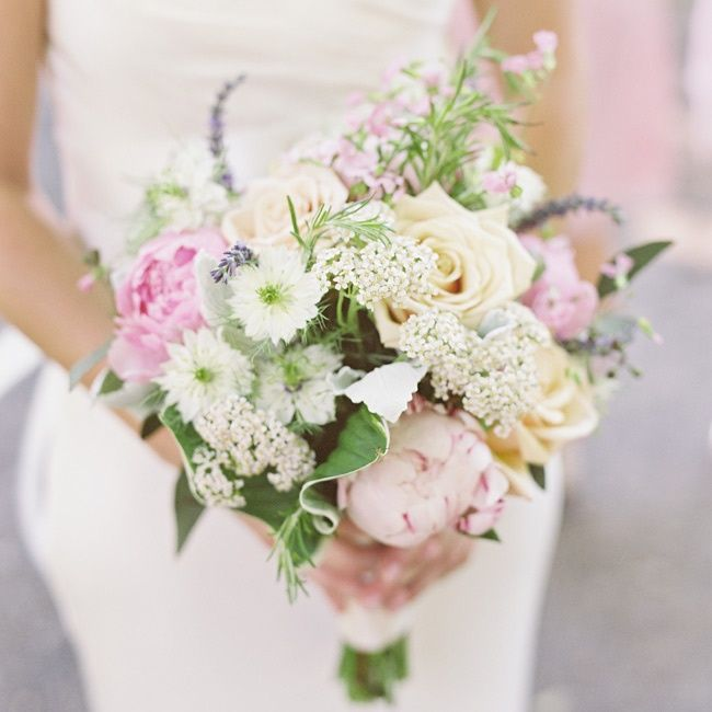 A romantic bouquet of roses, peonies and lavender // photo by: Jen Huang Photography // Bridal Bouquet: Viburnum Designs