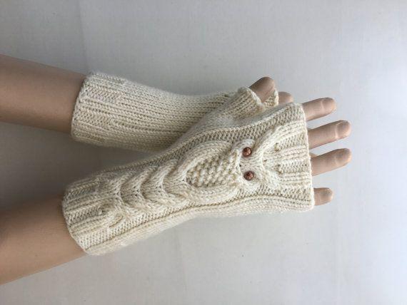 SPOEDVERZENDING! Ecru Owl Hand-gebreide Vingerloze handschoenen/Winter accessoires/ReyyanCrochet