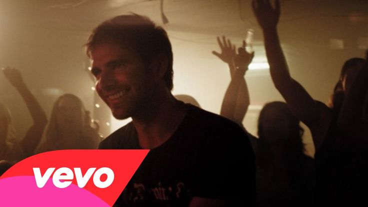 """Have you seen Canaan Smith's latest video for """"Love you Like That""""? Watch it here!"""