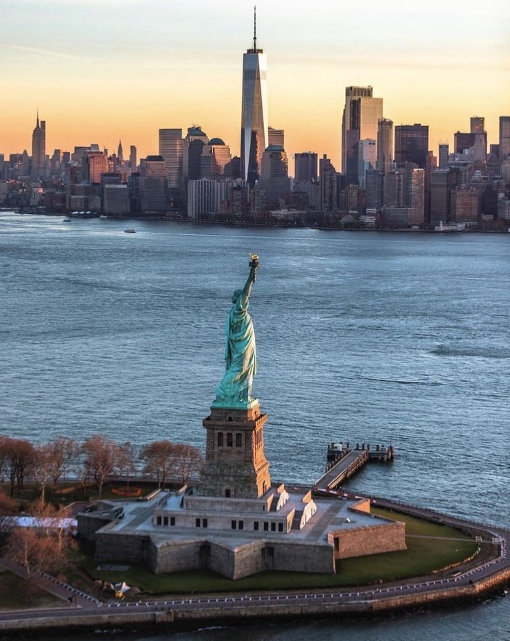 A New York must see: The Statue of Liberty by @CraigsBeds