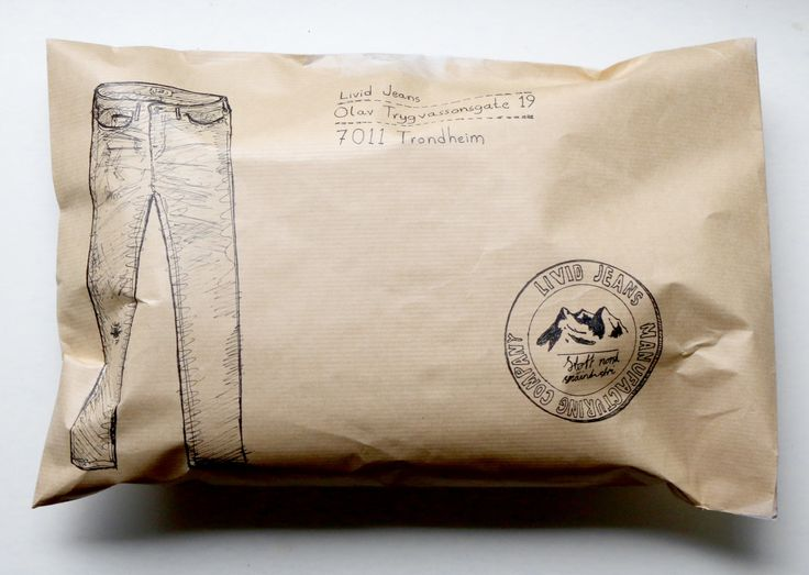 Sending in a pair of Livid jeans for repairs, and I couldn't help showing my appreciation by drawing all over the envelope. I love these jeans to death. They're handmade by a small Trondheim based jeans manufacturer, using really high quality denim...