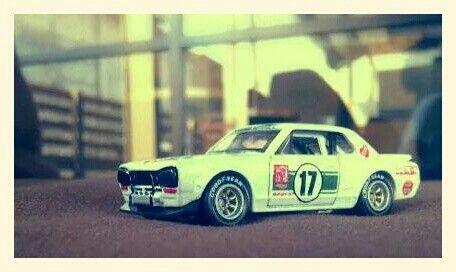 Hotwheels - Nissan Skyline 2000 GT-R 1