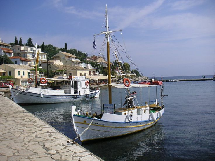 Kassiopi, Corfu...gorgeous A LOVELY HARBOUR FILLED WITH RESTAURANTS OVERLOOKING THE BAY