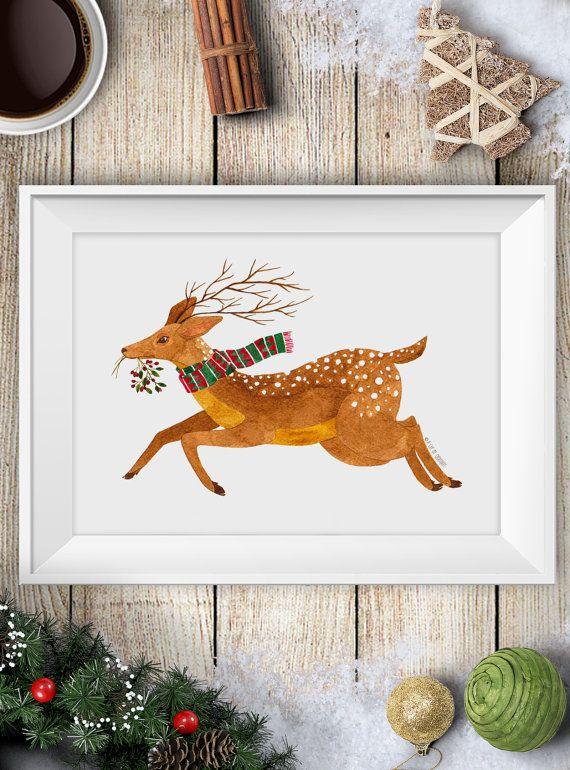 Questa è una stampa di un mio acquarello che raffigura un cervo con una sciarpa natalizia nel bosco invernale, perfetto come decorazione per la