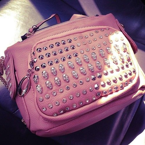 Holy crap I love this bag<3<3<3
